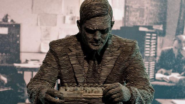 Estatua-Bletchley-Stephen-Ketlle-Richard_criptografia